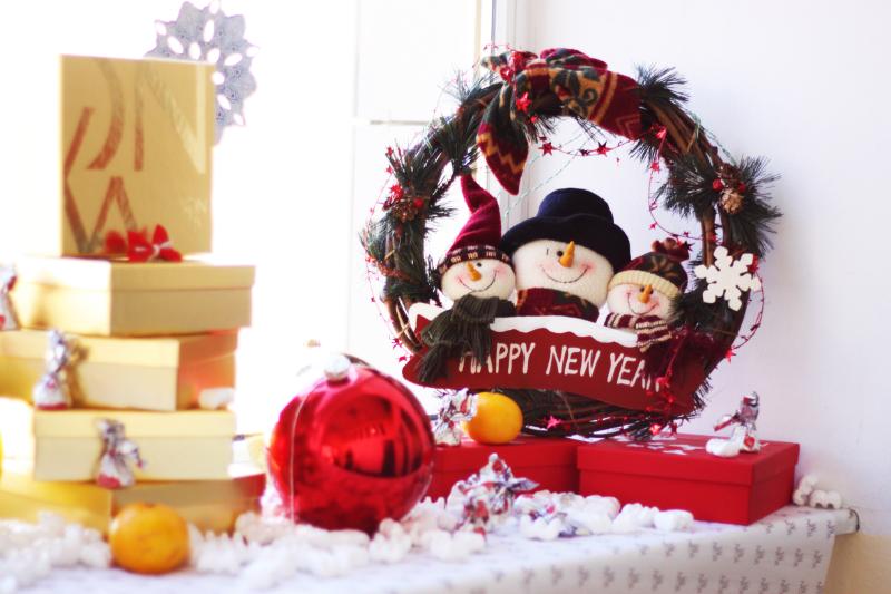 Презентация новогодних подарочных наборов от Yon-Ka, Paris и IMAGE Skincare, USA